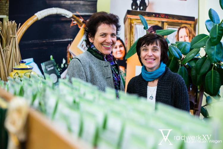 Gratulantin und Kooperationspartnerin Erna Schuss (ADEG Schuss)