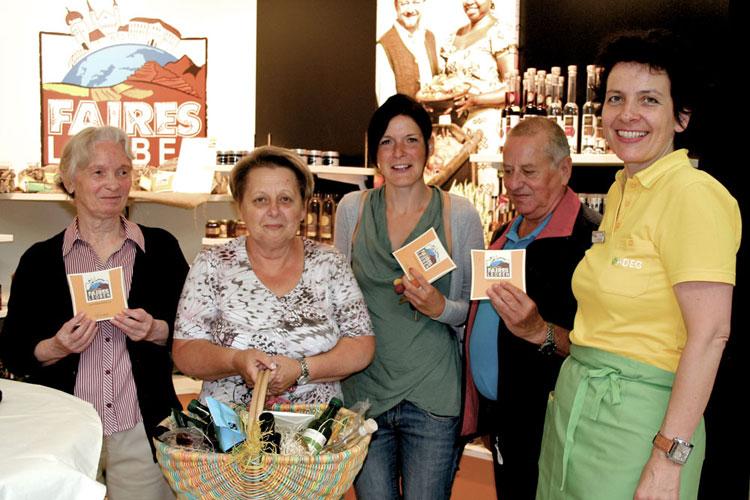 Drei Gewinnerinnen und ein Gewinner mit Erna Schuss