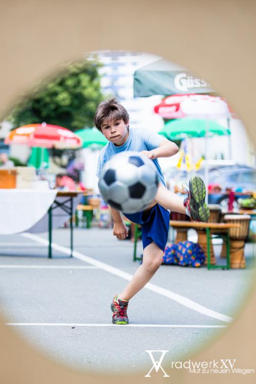 Viel Einsatz beim Fußballbewerb