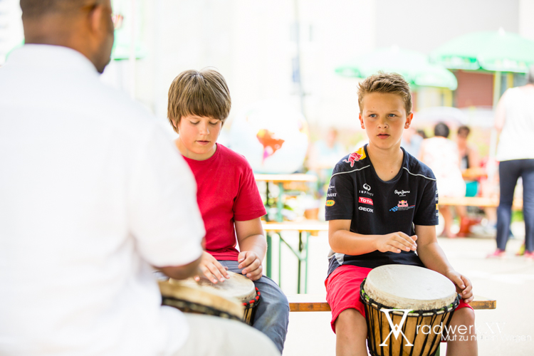 Trommeln mit Daniel Diakiese