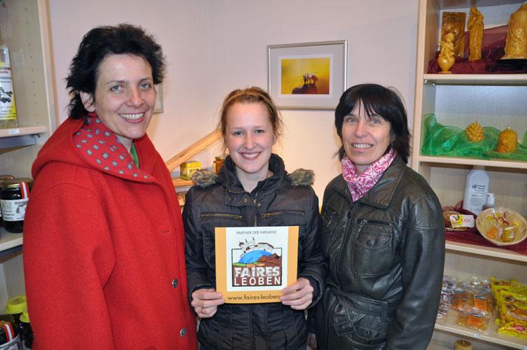 Marianne Stabler mit den beiden Initiatorinnen